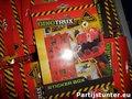 PARTIJ DINOTRUX STICKERBOX 100+ STICKERS